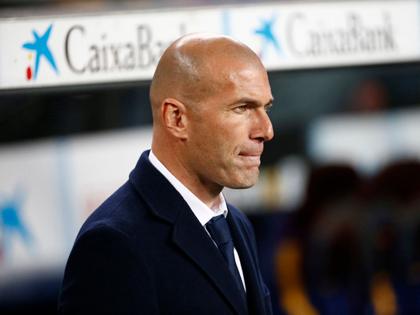 Zidane bất ngờ ca ngợi Casemiro, nhắc đến cuộc đua VĐ sau trận Real thắng Barca 2-1
