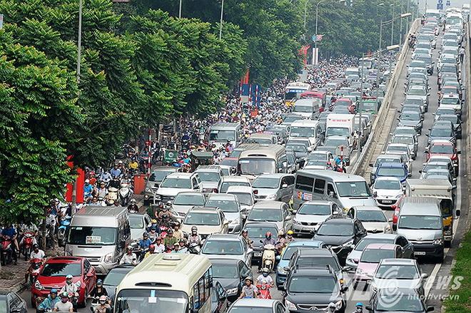Thủ tướng chỉ đạo về một số công trình cấp bách giảm ùn tắc giao thông Hà Nội