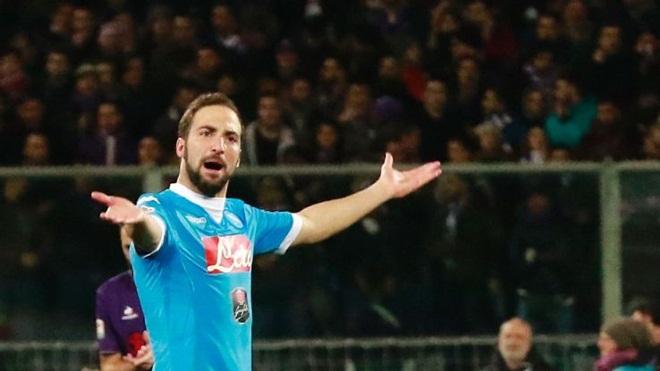 Higuain được giảm án treo giò xuống 3 trận, có thể dự trận Napoli - Roma