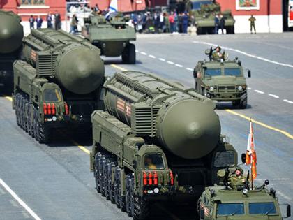 VIDEO: Nga 'khoe' sức mạnh quân sự chuẩn bị cho 'Ngày chiến thắng'