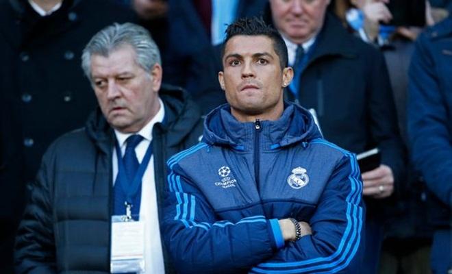 Zidane xác nhận Ronaldo, Benzema vắng mặt trận gặp Sociedad