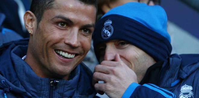 Cristiano Ronaldo ủng hộ ZIdane tiếp tục dẫn dắt Real Madrid