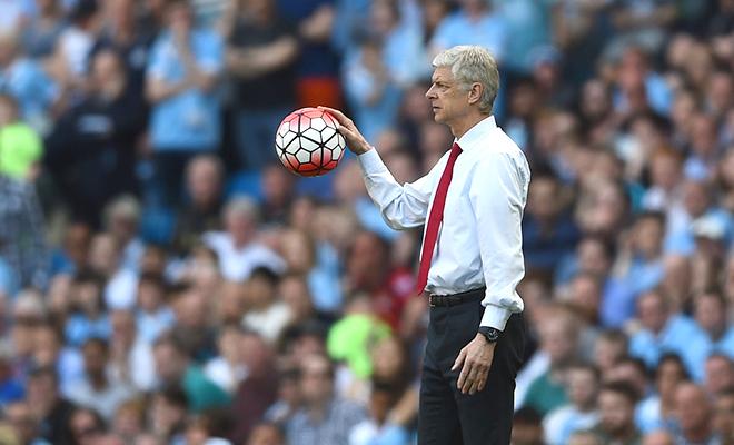 Mỗi tuần một chuyện: Khi Wenger cặm cụi đi tìm biểu tượng