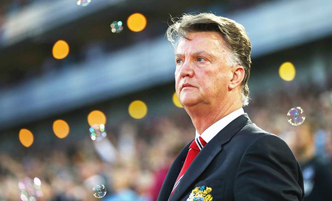 Ghế HLV ở Man United: Giữ lại Van Gaal là vô nghĩa