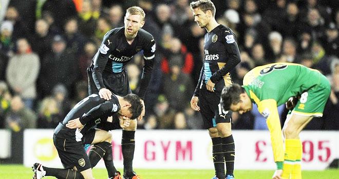 Aaron Ramsey vẫn tiếc vì Arsenal đã để Leicester vô địch Premier League