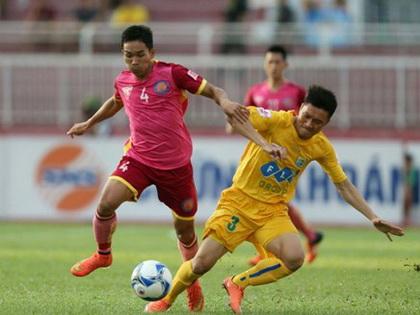 FLC Thanh Hóa thua trận thứ 3, SLNA chia điểm SHB Đà Nẵng