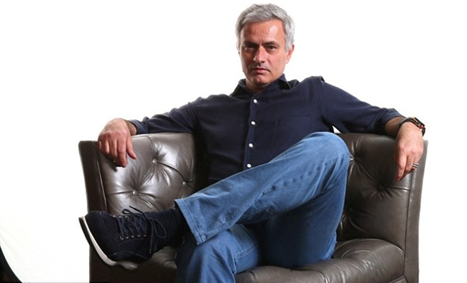 Man United phải khẩn trương, hoặc Mourinho sẽ tới PSG