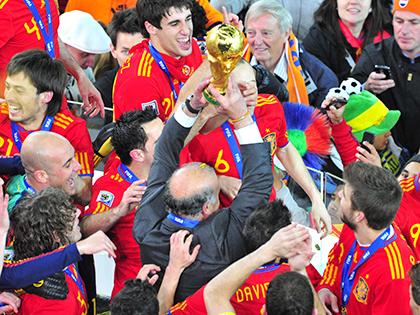 Nghịch lý Liga và đội tuyển Tây Ban Nha