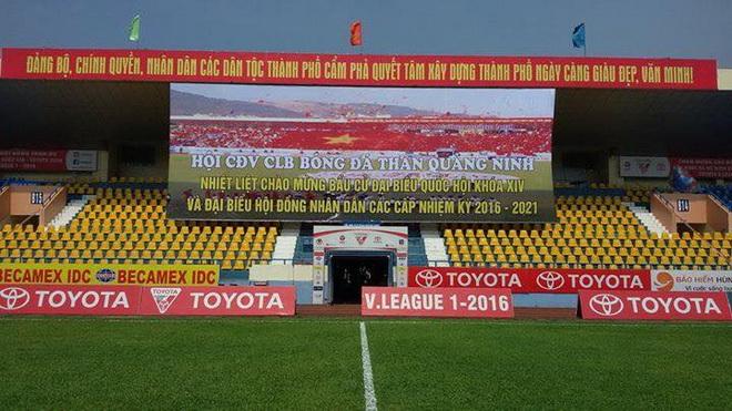 CĐV Than Quảng Ninh 'tẩy chay' khán đài B sân Cẩm Phả