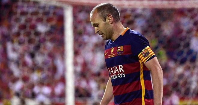 Iniesta: 'Real Madrid phải thất vọng vì không vô địch La Liga'