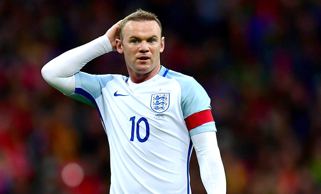 Tiêu điểm: Không ai đá bóng bằng chiếc băng, Rooney!