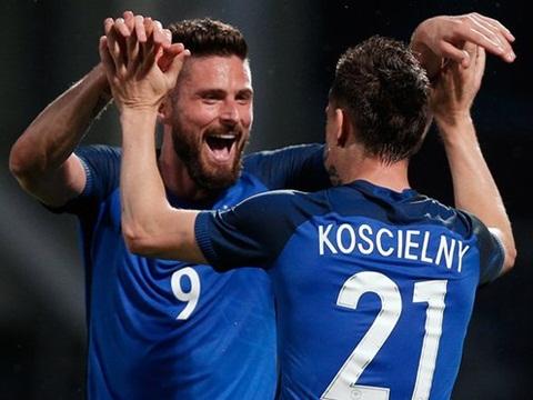 Pháp 3-0 Scotland: Giroud lập cú đúp, đáp trả những lời chỉ trích