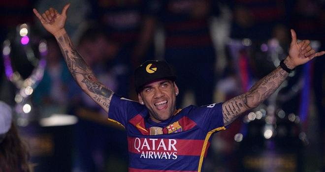 Dani Alves: 'Tôi ra đi vì chiến thắng với Barca quá dễ'