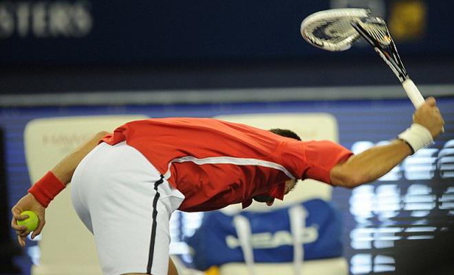 Các trọng tài và truyền thông đã 'bảo kê' cho một Djokovic 'trẻ trâu'?
