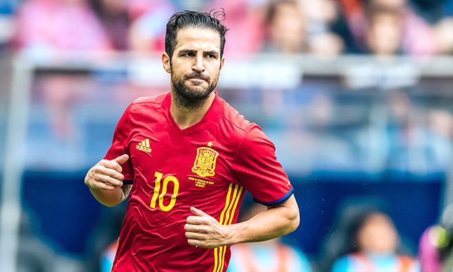 Sự kết hợp nào cho tuyến giữa Tây Ban Nha?