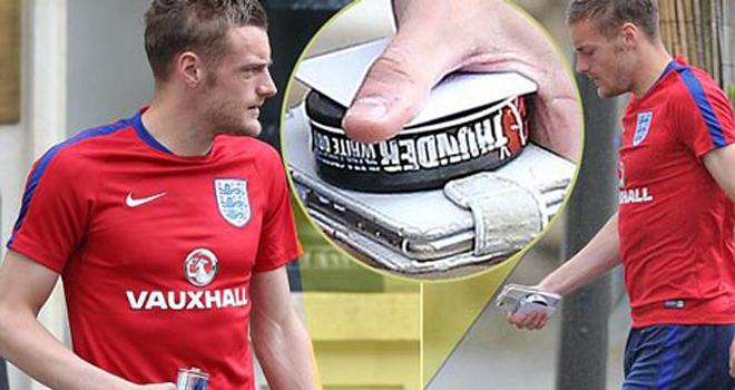 Jamie Vardy sử dụng chất kích thích trước trận đấu với xứ Wales
