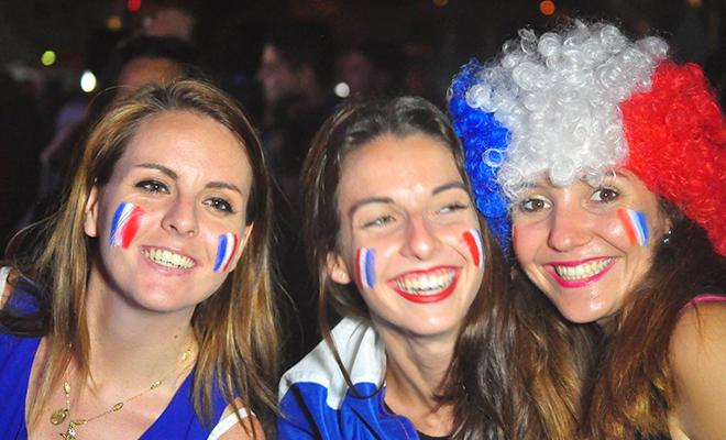 Những nẻo đường EURO: Trong niềm vui bất tận của