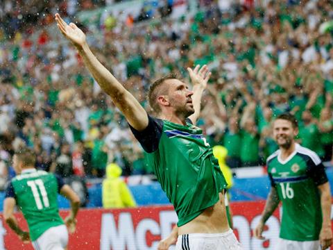 ĐIỂM NHẤN Ukraine 0-2 Bắc Ireland: Chiến thắng lịch sử cho Bắc Ireland. Ukraine quá kém cỏi