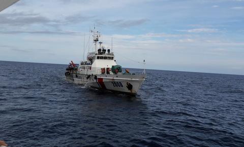 CẬP NHẬT: 5 tàu hải quân đã tìm được nhiều mảnh vỡ của máy bay CASA-212