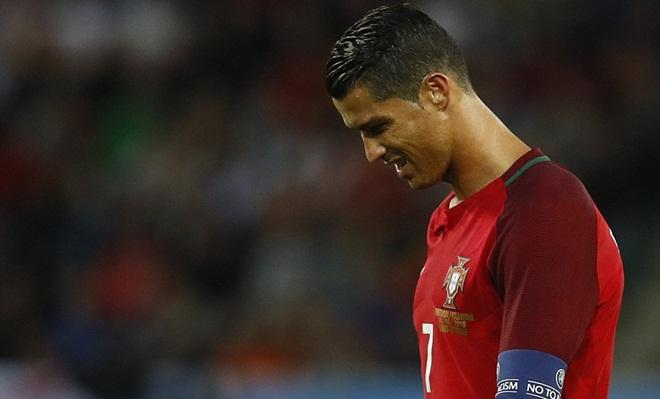 Ronaldo cớ sao lại 'ném đá' vào chính quá khứ của mình?