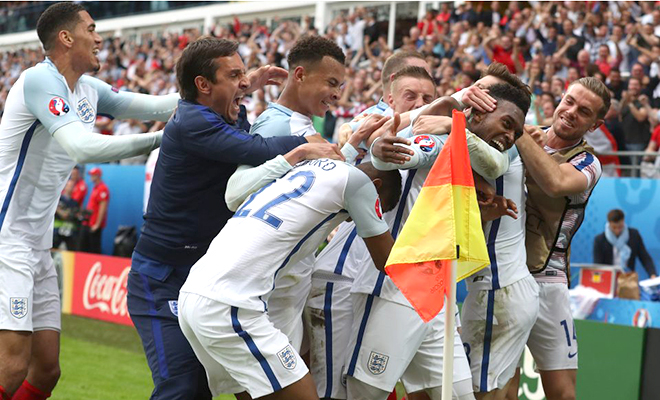 02h00 ngày 21/6, sân Geoffroy-Guichard, Slovakia - Anh: Đừng khóc cho người Anh…