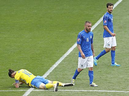 Chiến thuật & Lối chơi: Italy không hoàn hảo, nhưng...