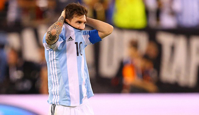 'Một Messi huyền thoại không thể kết thúc dễ dàng như thế'