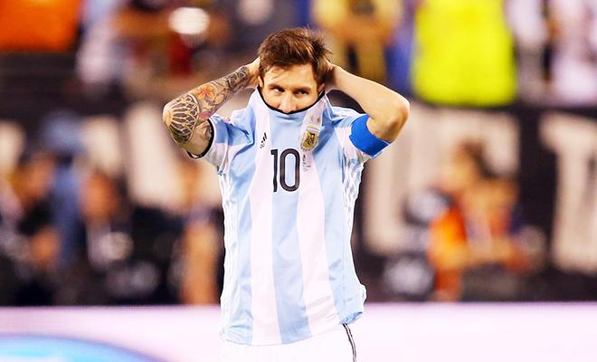 Leo Messi tuyên bố từ giã sự nghiệp quốc tế: Cái chết của thiên nga