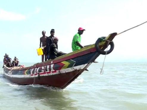 Ngư dân tận vùng biển Guinea ở Tây Phi cũng 'khóc' vì tàu cá Trung Quốc