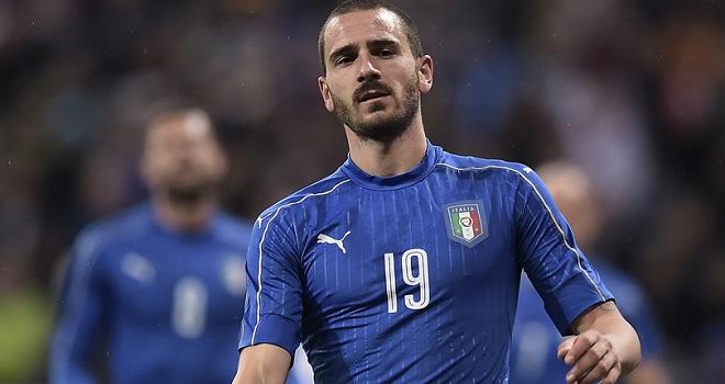 Bonucci vắng mặt ĐÁNG TIẾC trong đội hình tiêu biểu EURO 2016