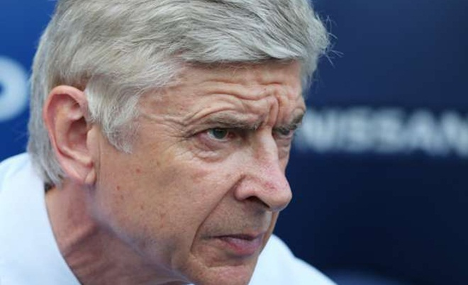 Huyền thoại Arsenal yêu cầu Wenger phải 'ĐI CHỢ' mùa Hè