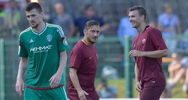 CẬP NHẬT tin sáng 18/7: Totti lại kiến tạo SIÊU ĐẲNG. Ronaldo 'béo' tự thấy mình trong Jesus