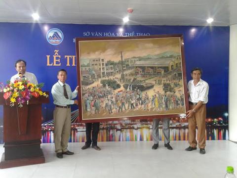21 hiện vật quý được hiến tặng cho Bảo tàng Mỹ thuật Đà Nẵng 'không một chút phân vân'