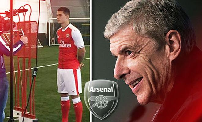Arsene Wenger sẽ không mua thêm tiền vệ cho Arsenal
