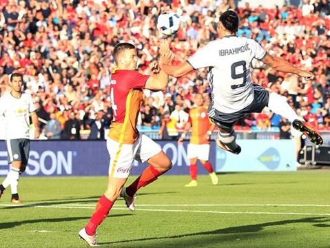 ĐIỂM NHẤN Man United 5-2 Galatasaray: Mourinho xác định bộ khung đá chính. Chỉ mặt trận tấn công đáng hài lòng
