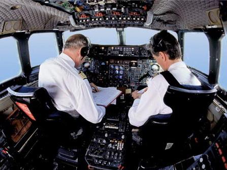 Máy bay Pháp tán loạn vì bị chuột 'đột nhập' vào buồng lái
