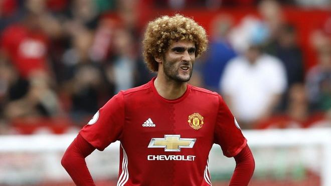 Đã đến lúc Mourinho gạt bỏ Fellaini?
