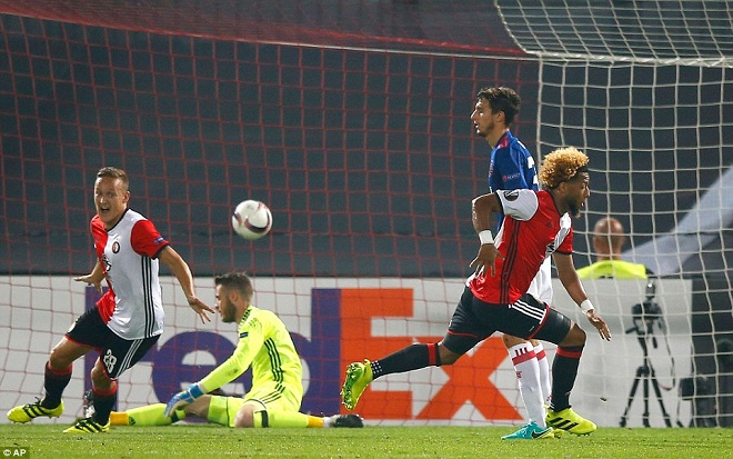 Feyenoord đánh bại Man United là chuyện BÌNH THƯỜNG