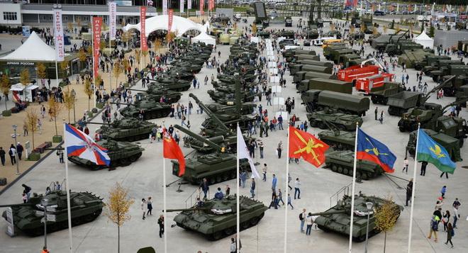 Tổng thống Putin: Củng cố vị trí dẫn đầu của Nga trên thị trường vũ khí