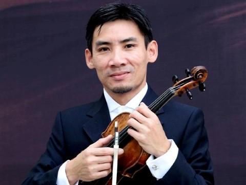 Solist dàn nhạc từng kiếm tiền ở ga tàu điện ngầm