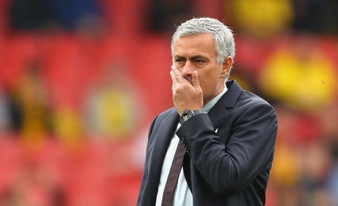 Nhà cái đánh giá cơ hội vô địch của Liverpool cao hơn Man United