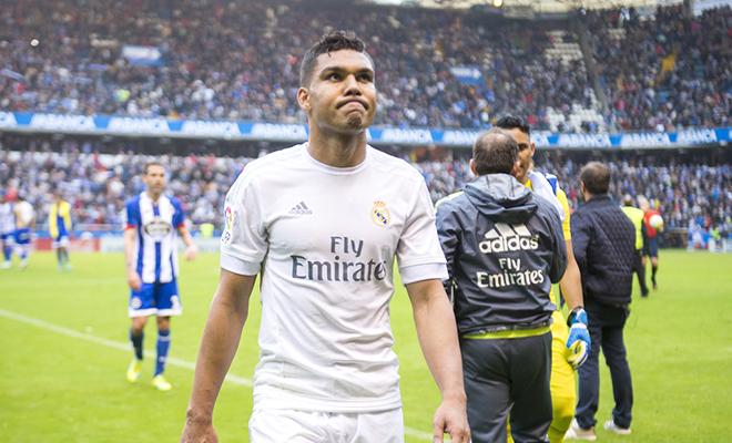 Hàng tiền vệ Real Madrid: Ai thay thế được Casemiro?