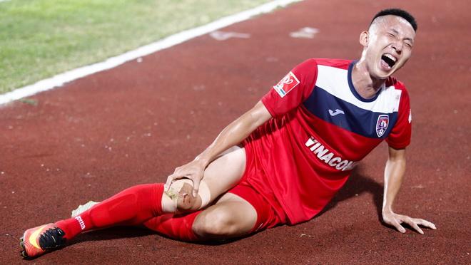 Nghiêm Xuân Tú chính thức bị gạch tên khỏi đội tuyển Việt Nam