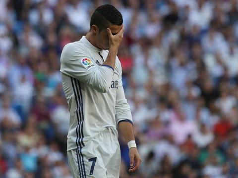 Cristiano Ronaldo khởi đầu Liga tệ nhất trong 6 năm qua