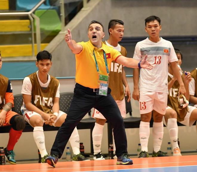 Futsal Việt Nam: Một thế giới ngoài kia rất rộng lớn