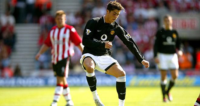 TIẾT LỘ: Ronaldo từng bị đánh đập ở Man United