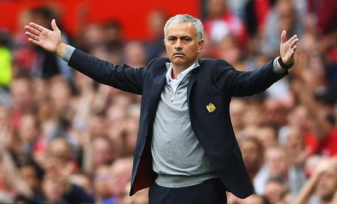 Man United đối mặt 5 vấn đề nan giải trước Liverpool