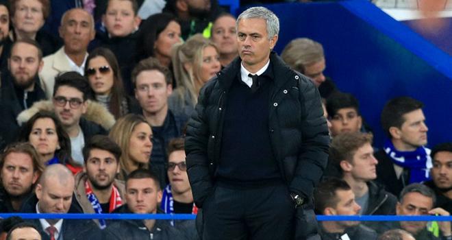 Mourinho cần làm 4 việc để vực dậy Man United