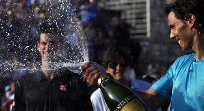 Tennis ngày 25/10: Nadal chia sẻ cảm nghĩ về hạnh phúc. Sharapova trở lại sự nghiệp với con số 0