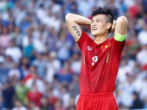 Tuyển Việt Nam bị đội hạng tư Hàn Quốc cầm hòa
